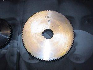ブラザー工業 ピッチ 28山BT2-223,224用 替歯車/チェンジギャー  ピッチ 28山BT2-223,224用 OMS-BT2-223-28
